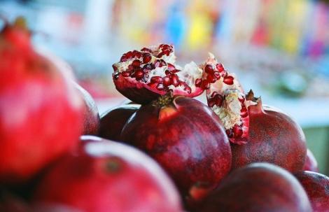 My favorite Azerbaijani word: nar. Photo cred https://www.flickr.com/photos/chanycrystal/68358264/in/photolist-3Wc9C5-7e5hJs-7aNshc-4RsE9R-cfeCQd-aLcGT-7e1pfg-5pqCT1-73mwL-6ntKs-aALP-6fadC-5sUJUN-6fv61g-depEeW-8Yqvn3-5X4Ww-abg6nb-rATXN-eh1y5P-74ustd-bsHC-cTzh4f-4pthnE-5X6cF-6bKqGb-5A5bLN-7iZu9K-dL6GP3-gA8eMf-317x7-6UdhQr-cTbK8o-34CeYJ-nsFz5P-dTAXaV-4dKDCh-dvaNh2-6ntKt-5QzUWP-rVSQY-4DEmfo-4DA4P4-8TuGpF-kpe72-5Y9GoZ-5qazVP-dvwm13-opTs2-3mndvg