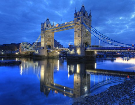London Bridge photo cred https://www.flickr.com/photos/anirudhkoul/3499471010/in/photolist-dTZz6m-dfpzSn-cdNaC9-by4yMc-biScG4-agsTRC-9DFfA7-9A3nnT-9i7rec-9do9RU-8L333E-7Ri1WF-7d1Fi1-6NDVHN-6qcTXk-6keGP5-61gnGF-5TgxdD-5QQM3D-5myaRY-5c4Fou-4Kdh4B-4B5vqz-3RC9nU-zXbcZ-2bfJ6-coecMA-byucxr-bjJeWz-ajp2gq-9mUxEh-9misqW-9j3wNv-9fKd9x-9aJZKx-95k1GW-9431CY-8Vei95-8UWRPL-8QRMcb-8BZRKc-8w1U1e-8bkvxZ-8aZ2PA-8apAqw-7G2vAN-7zy512-73SsoF-6hUiPW-6bgX6z