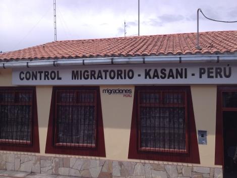 Kasani immigration on the Peru side