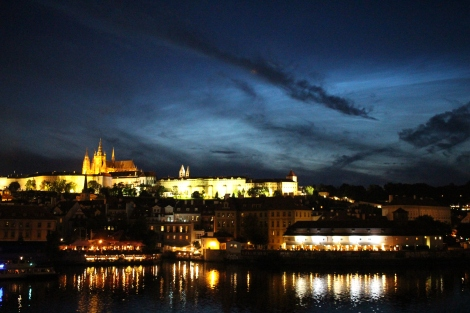 After the sun went down the Castle lights up!