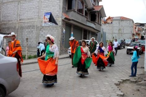 Chordeleg parade dancers